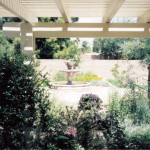 Allumawood shade ramada with fountain in background | 2002 ALCA Judges Award