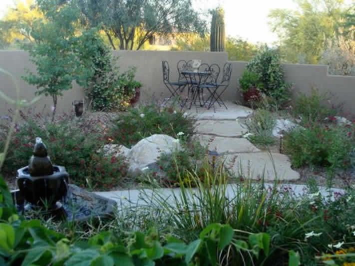Lush And Water Efficient Entry Courtyard Planting With Flagstone Seating  Area | Monrovia Nurseries 2011 Distinctively